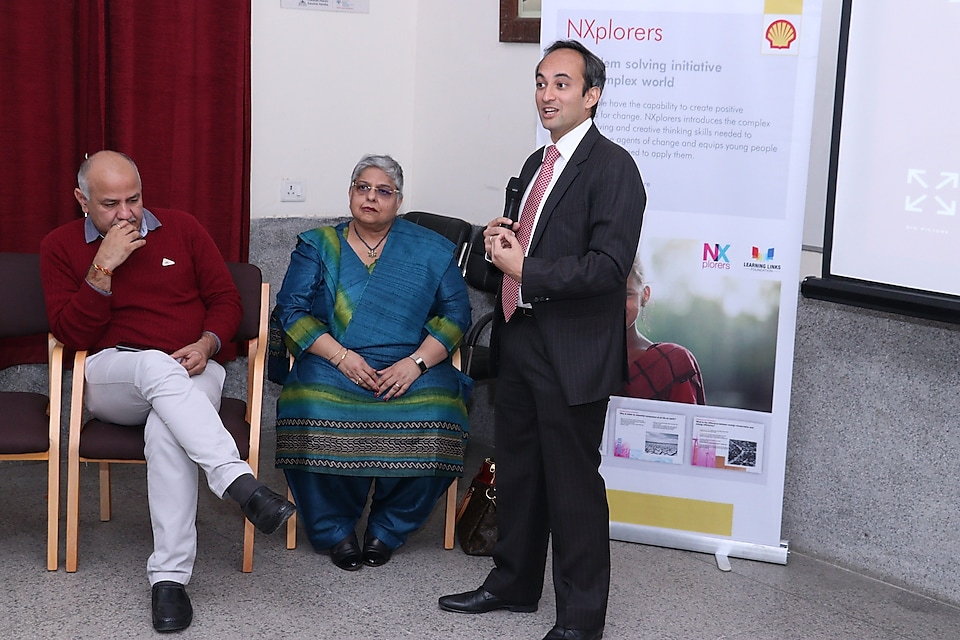 Shell India Country Chairman Nitin Prasad addresses students on the launch of NXplorers in the presence of Delhi Deputy Chief Minister Manish Sisodia and Dr. Anjlee Prakash, Founder/Chairperson Learning Links Foundation