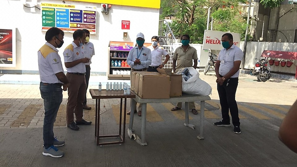 Our retailers in Pune with PCMC ward officers in Pune